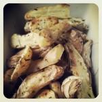 Patates aux herbes rôties au four