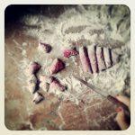 Gnocchi de betterave et pesto d'asperges et épinards