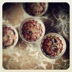 Flan de figues et groseilles au thym
