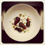 Ravioles de bettes au chèvre, pesto de pistache